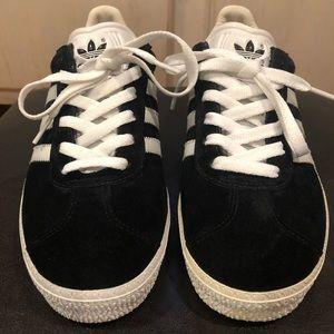 Adidas Gazelle black suede size 6